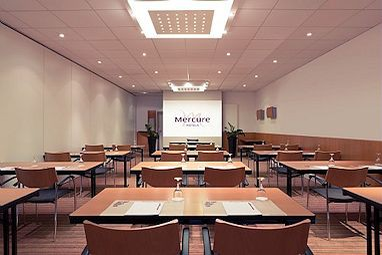 mercure hotel stuttgart sindelfingen an der messe f r stuttgart heilbronn. Black Bedroom Furniture Sets. Home Design Ideas