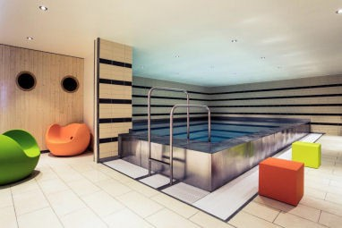 Mercure Hotel Duisburg City: Pool