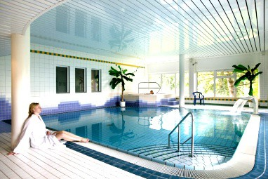 TRYP by Wyndham Bad Bramstedt: Pool