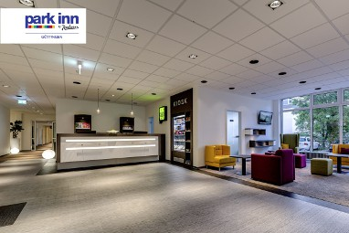 Park Inn by Radisson Göttingen: Lobby