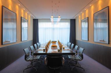 dorint an der messe k ln f r k ln d sseldorf rheinland dorint an der. Black Bedroom Furniture Sets. Home Design Ideas