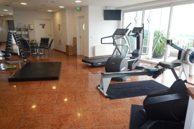 GLOBANA AIRPORT HOTEL: Fitness-Center