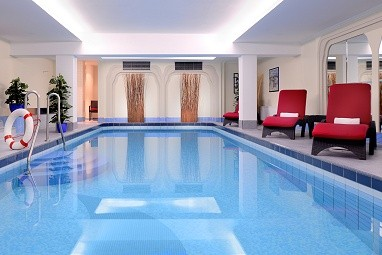 quality hotel ambassador hamburg f r hamburg norddeutschland quality. Black Bedroom Furniture Sets. Home Design Ideas