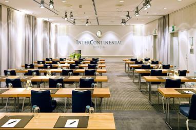 intercontinental berlin intercontinental berlin. Black Bedroom Furniture Sets. Home Design Ideas