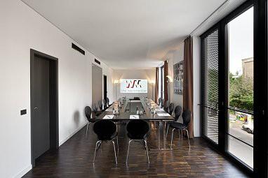 the weinmeister berlin mitte the weinmeister berlin mitte. Black Bedroom Furniture Sets. Home Design Ideas