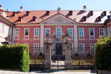 Lindner hotel schloss reichmannsdorf for Bamberg design hotel